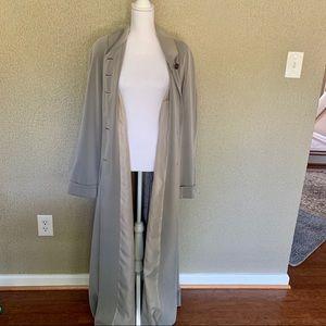 Extra long gray trench coat. Size 8. Tall girl